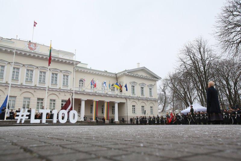Na zdjęciu: obchody 100. rocznicy odbudowy Państwa Litewskiego w Wilnie