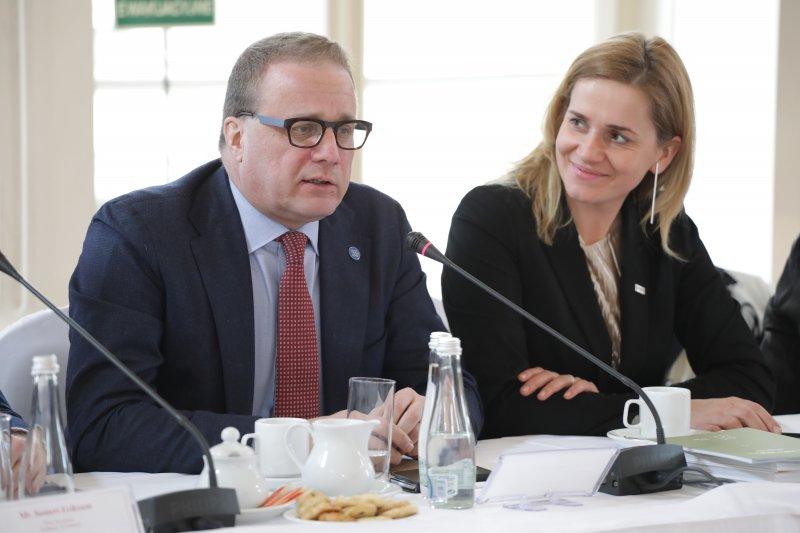 Na zdjęciu: Spotkanie zagranicznych delegacji z wiceministrem Sellinem
