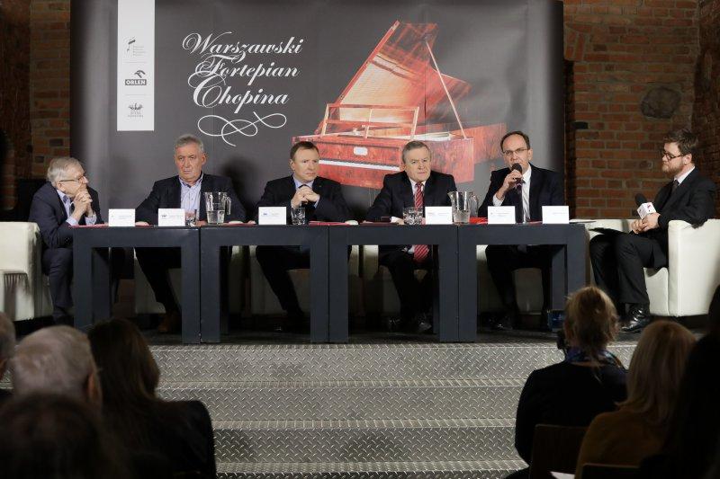 Na zdjęciu: konferencja prasowa zapowiadająca pierwszą prezentację kopii warszawskiego fortepianu Chopina