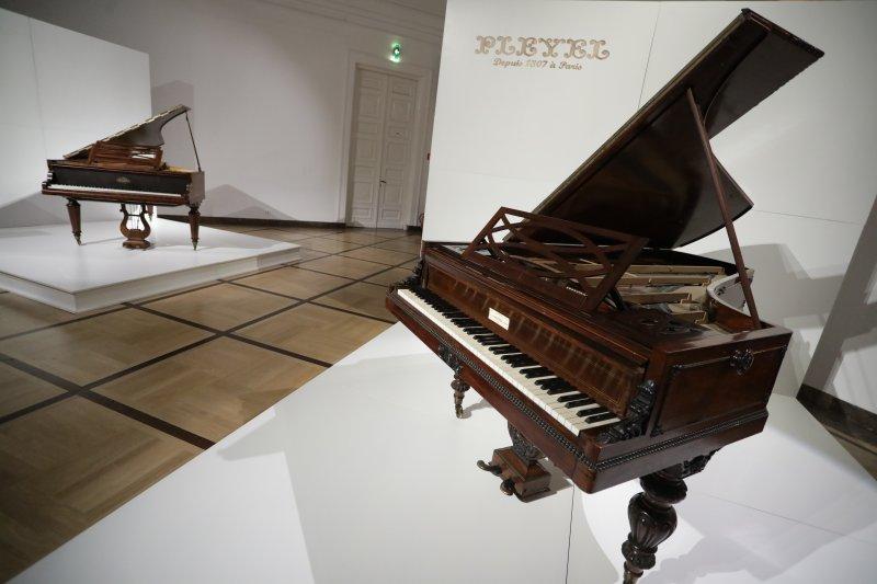Na zdjęciu: wernisaż wystawy historycznych fortepianów z kolekcji NIFC