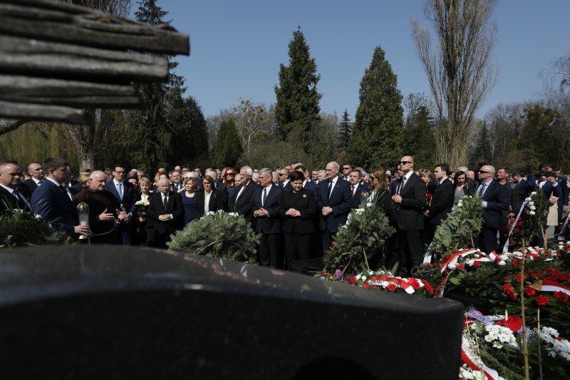 Na zdjęciu: Uroczystości na Cmentarzu Powązkowskim w Warszawie