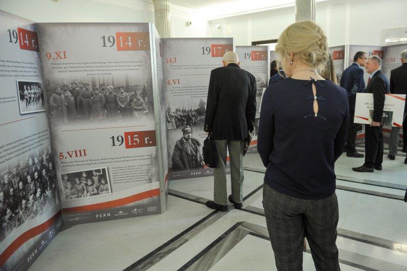 Warszawa,  07.02.2018. Wernisaż wystawy W drodze do niepodległości w Sejmie autor zdjęcia Marcin Obara/PAP