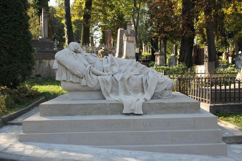 Cmentarz Łyczakowski we Lwowie Nagrobek rodziny Leibschangów. Stan po konserwacji. Fot. A. Sztymelska-Karczewska