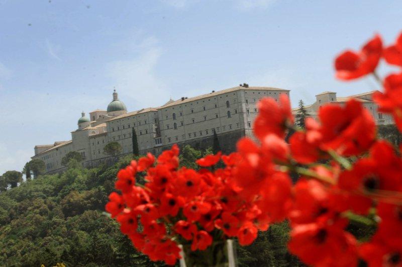 na zdjęciu klasztor na Monte Cassino. autor zdjęcia Jacek Turczyk/PAP