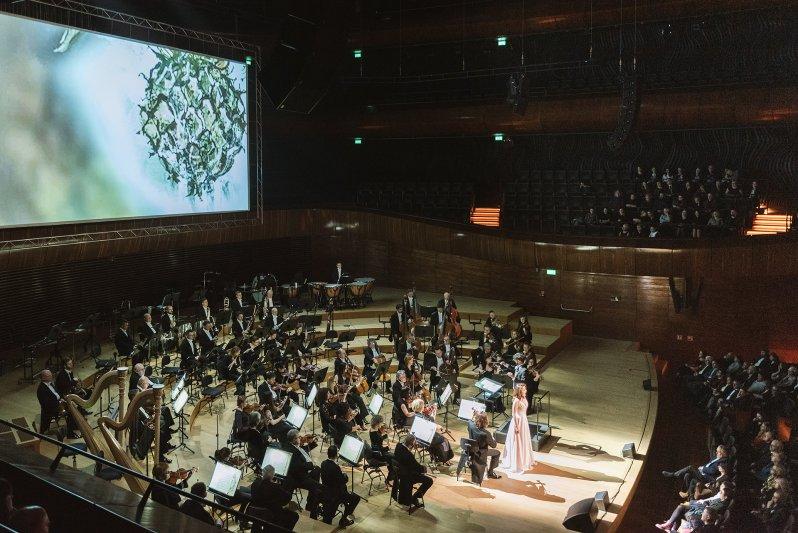 na zdjęciu sala i  orkiestra NOSPR