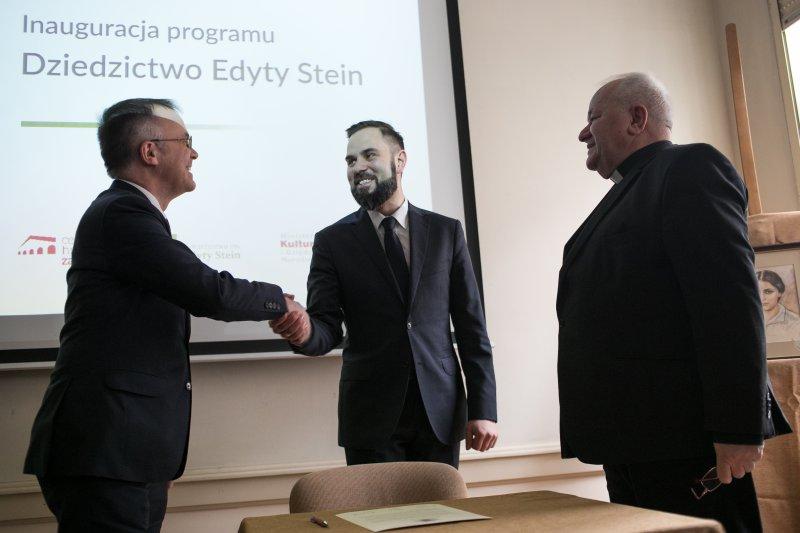 na zdjęciu sygnatariusze deklaracji współpracy