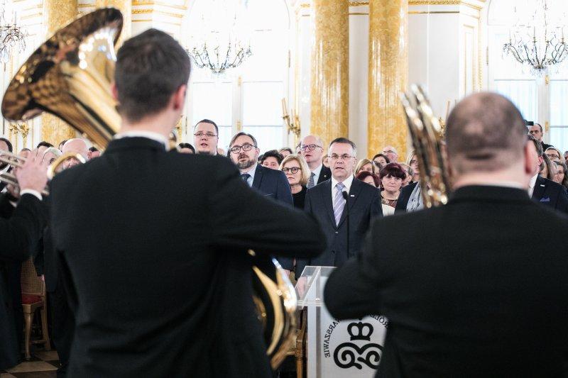 na zdjęciu wiceminister Jarosław Sellin