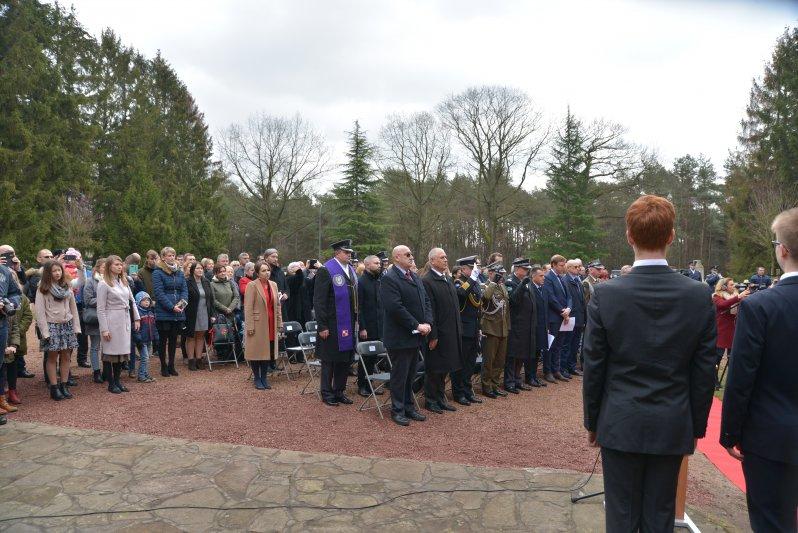 na zdjęciu uczestnicy uroczystośći