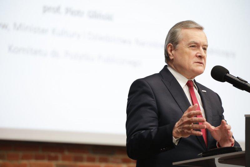 na zdjęciu wicepremier Gliński